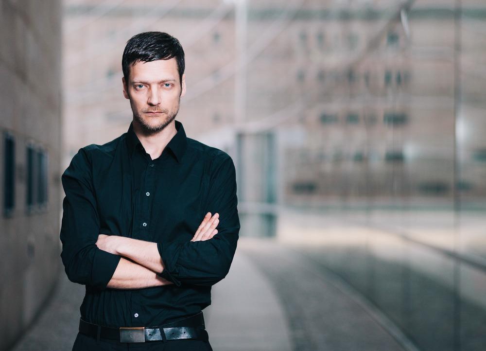 Felix Schönfuss Sänger von Adam Angst