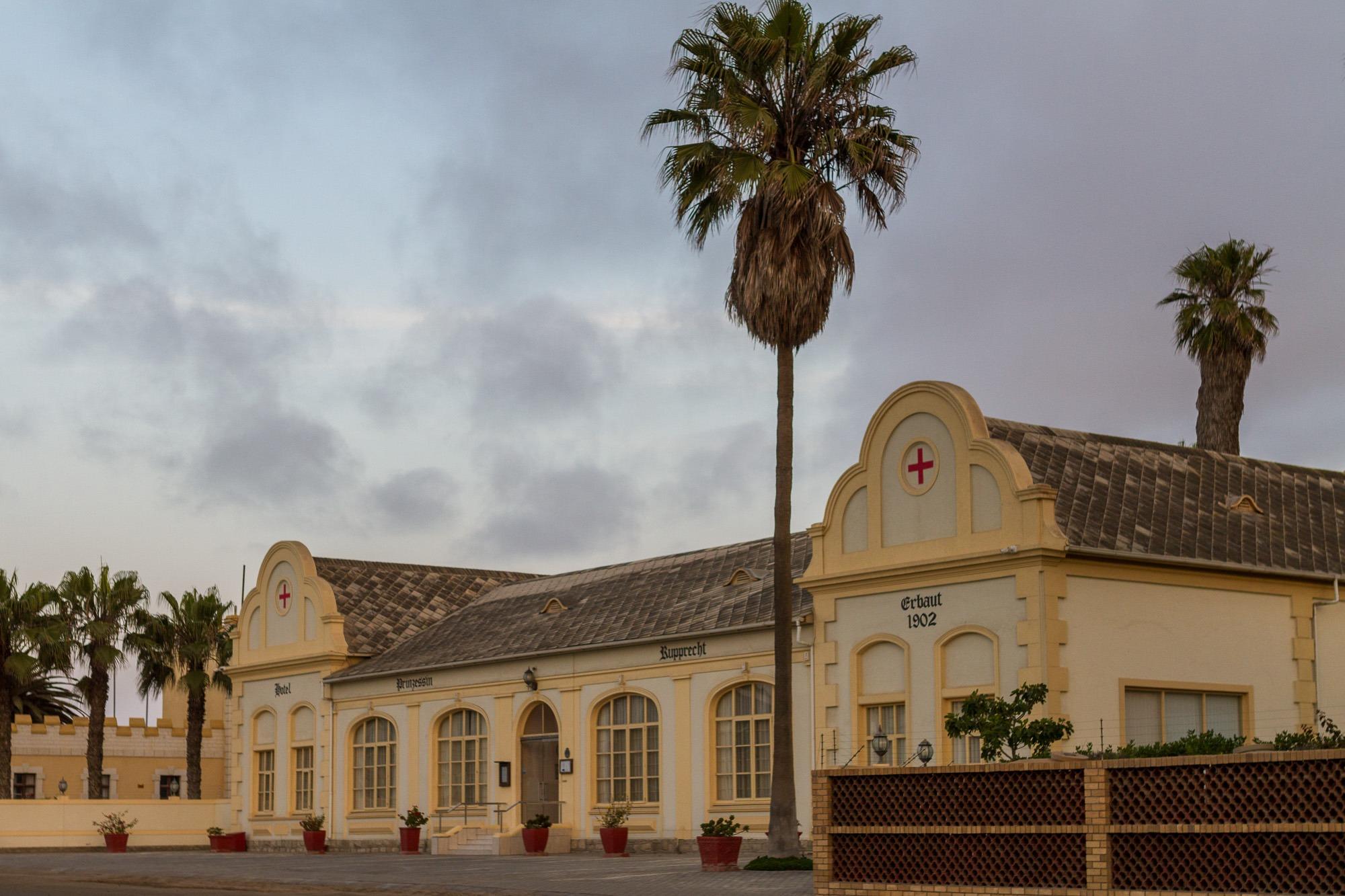 Aussenansicht Hotel Prinzessin Ruprecht in Swapkopmund, Namibia